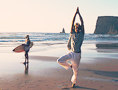 yoga surf retreats